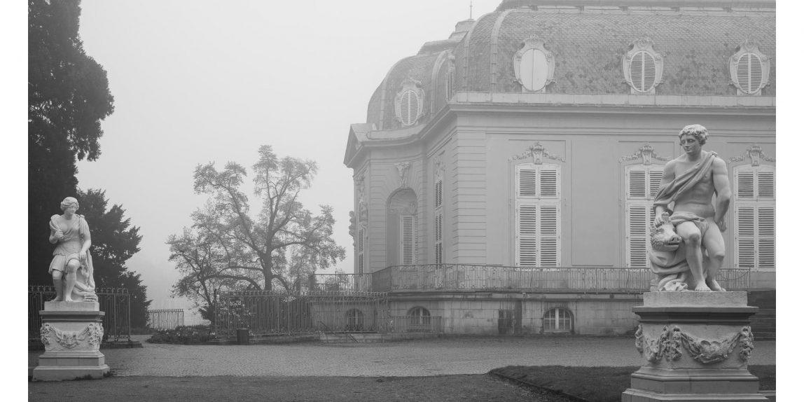 Benrather Schloss im Nebel